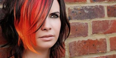 Фарбування волосся в два кольори у себе вдома. Техніка двоколірного фарбування